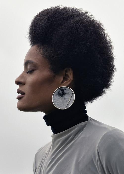 Hollow Earring 01