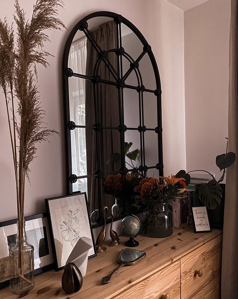 Peter Jecza's sculptures in Roxana's home