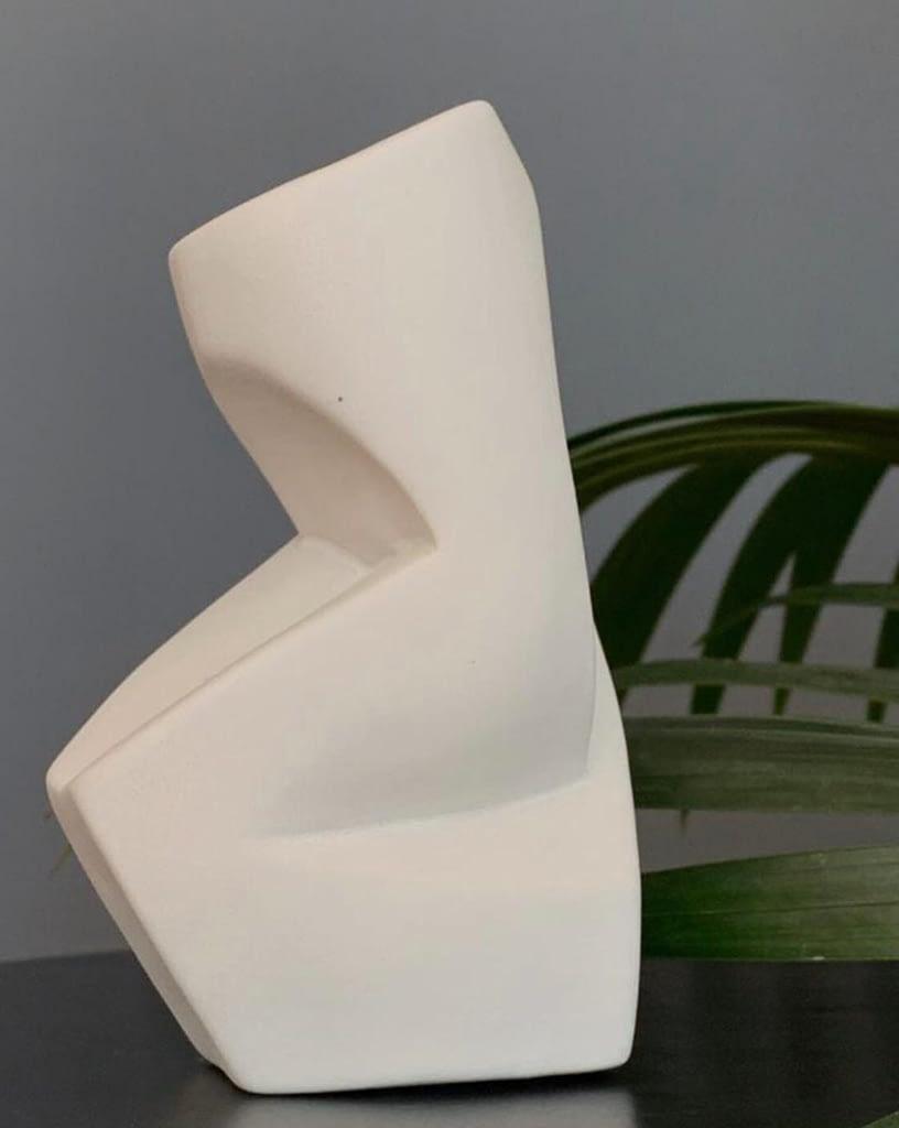 Peter Jecza's sculpture in Andreea's home